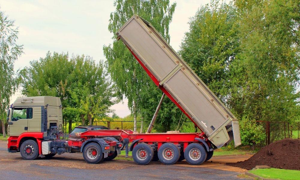 How To Get the Most Out of Your Dump Trailer Liner