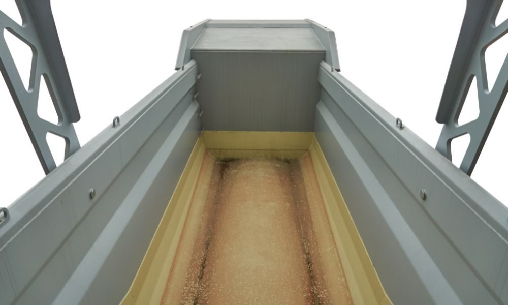 Why Do You Need Protection for a Dump Truck Bed?